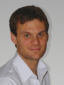 Dr. Kristof Kupka